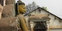 Estatua del Buda en el Templo de los Monos, Katmandú, Nepal