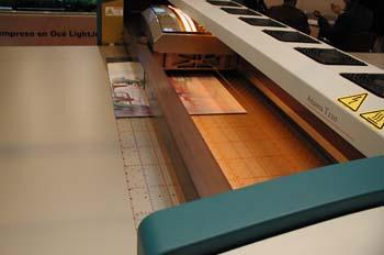 Cabezal de impresora de chorro de tinta para soportes rígidos