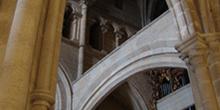 Columnas y contrafuertes de la Catedral de Tuy, Pontevedra, Gali