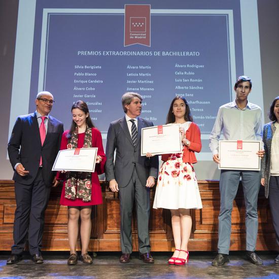 Entrega de los premios extraordinarios correspondientes al curso 2016/2017 10