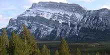 Montaña Rundle (2948m)