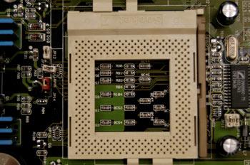 Zócalo para microprocesador tipo SOCKET 7