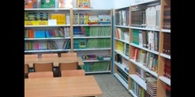 Instalaciones: Biblioteca, Aula de Informática, Salón de Actos, Gimnasio y Patios