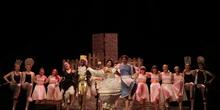 La Bella y la Bestia - Musical del Grupo de Teatro del IES Nicolás Copérnico 31