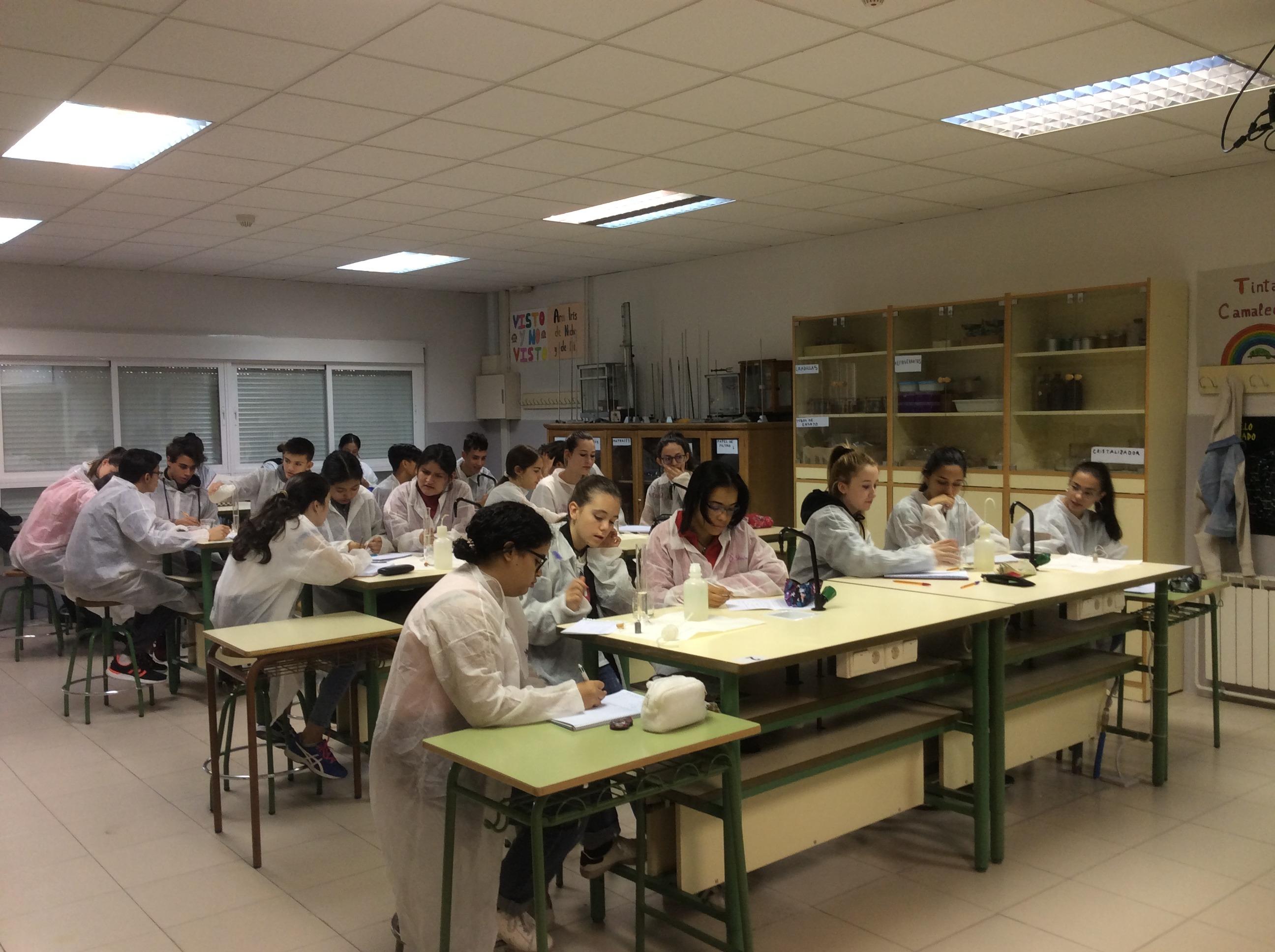 Fotos de Ampliación de Física y Química 4