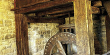 Pisón o molino de rabilar, Museo del Pueblo de Asturias, Gijón