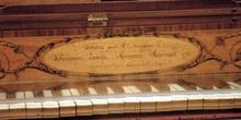 Detalle del teclado de un piano