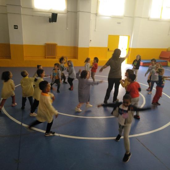 Jornadas Culturales. Musica y Movimiento. Infantil 5
