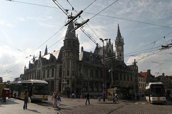 Plaza Korenmarkt, Gante, Bélgica
