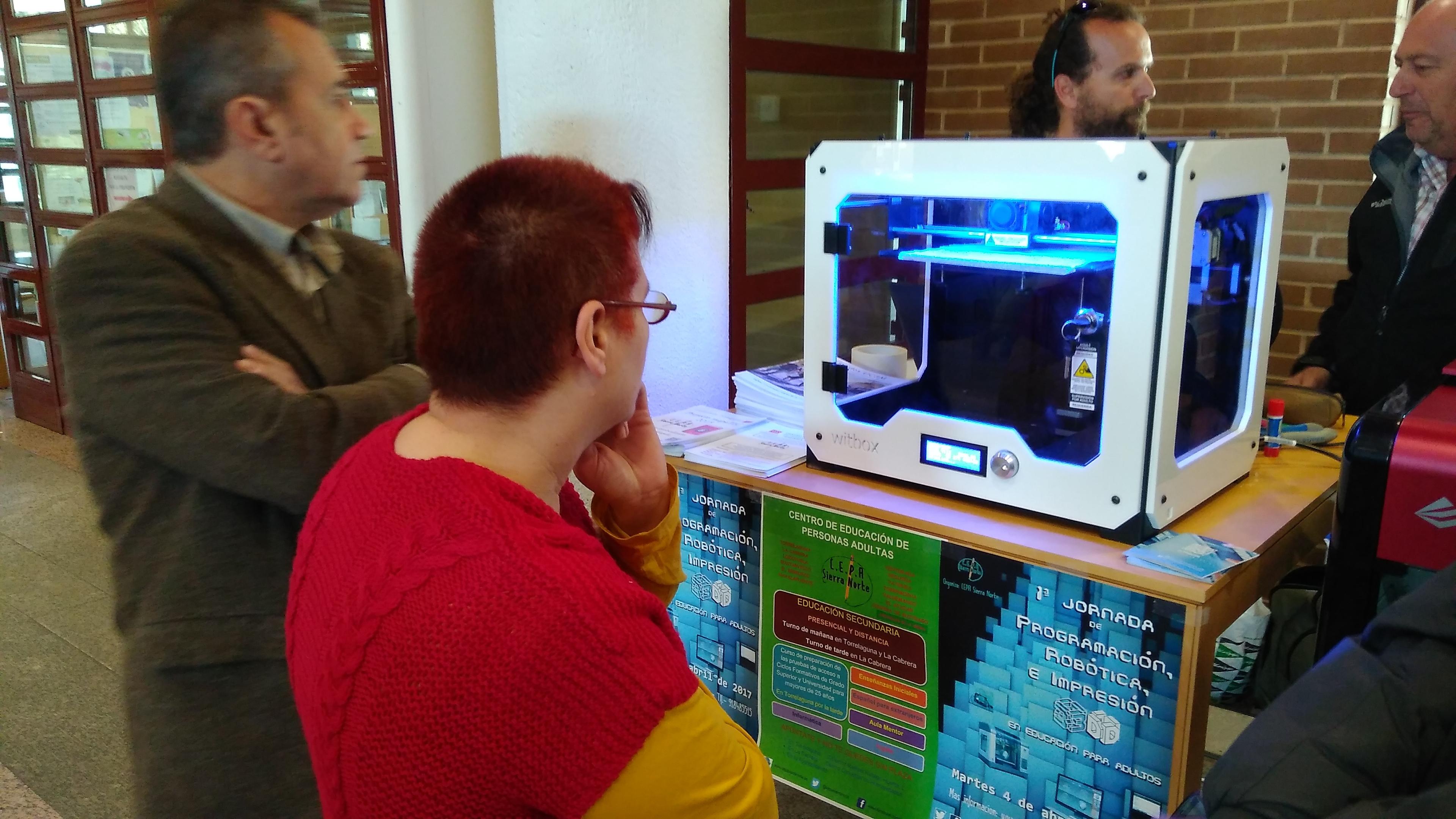 I Jornada de Programación, Robótica e Impresión 3D en educación para adultos. 04-04-2017 12