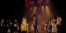 La Bella y la Bestia - Musical del Grupo de Teatro del IES Nicolás Copérnico 5