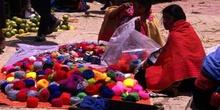 Vendedoras en el mercado de la Plaza Mayor de San Juan Chamula,