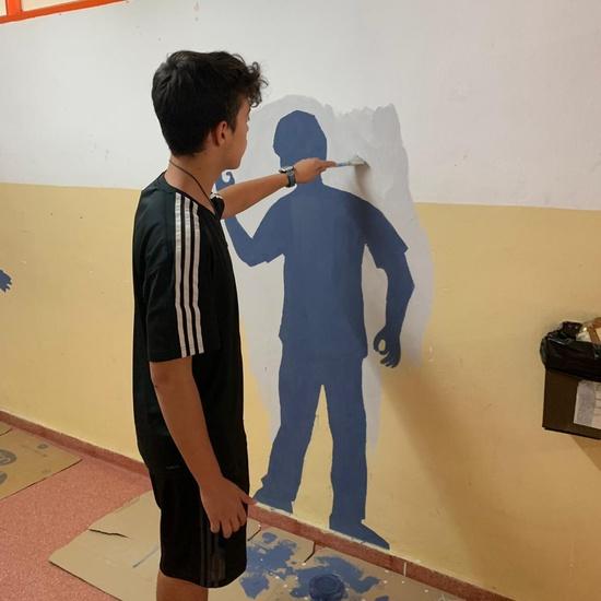 Intervención artística en el pasillo de 2º ESO del edificio B 7