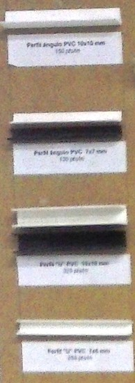Perfiles angulares PVC