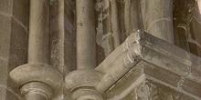 Capiteles con motivos florales, Huesca