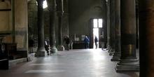 Detalle interior de la Basílica de San Ferdiano, Lucca