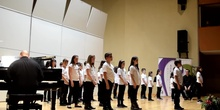 SINGING ALL TOGETHER - CORO INFANTIL LA ZAZUELA