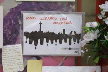 Mensajes de duelo en memoria de las víctimas de los Atentados de