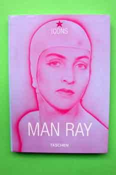 Libro biográfico de Man Ray de la editorial Taschen