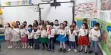 Los osos de infantil 5 b celebran la Navidad bailando_CEIP FDLR_Las Rozas
