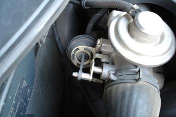Válvula de cierre para la admisión. Parada de motor antitrepitac