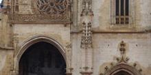 Detalle fachada, Catedral de Oviedo