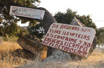 Prohibido arrojar basura, Extremadura