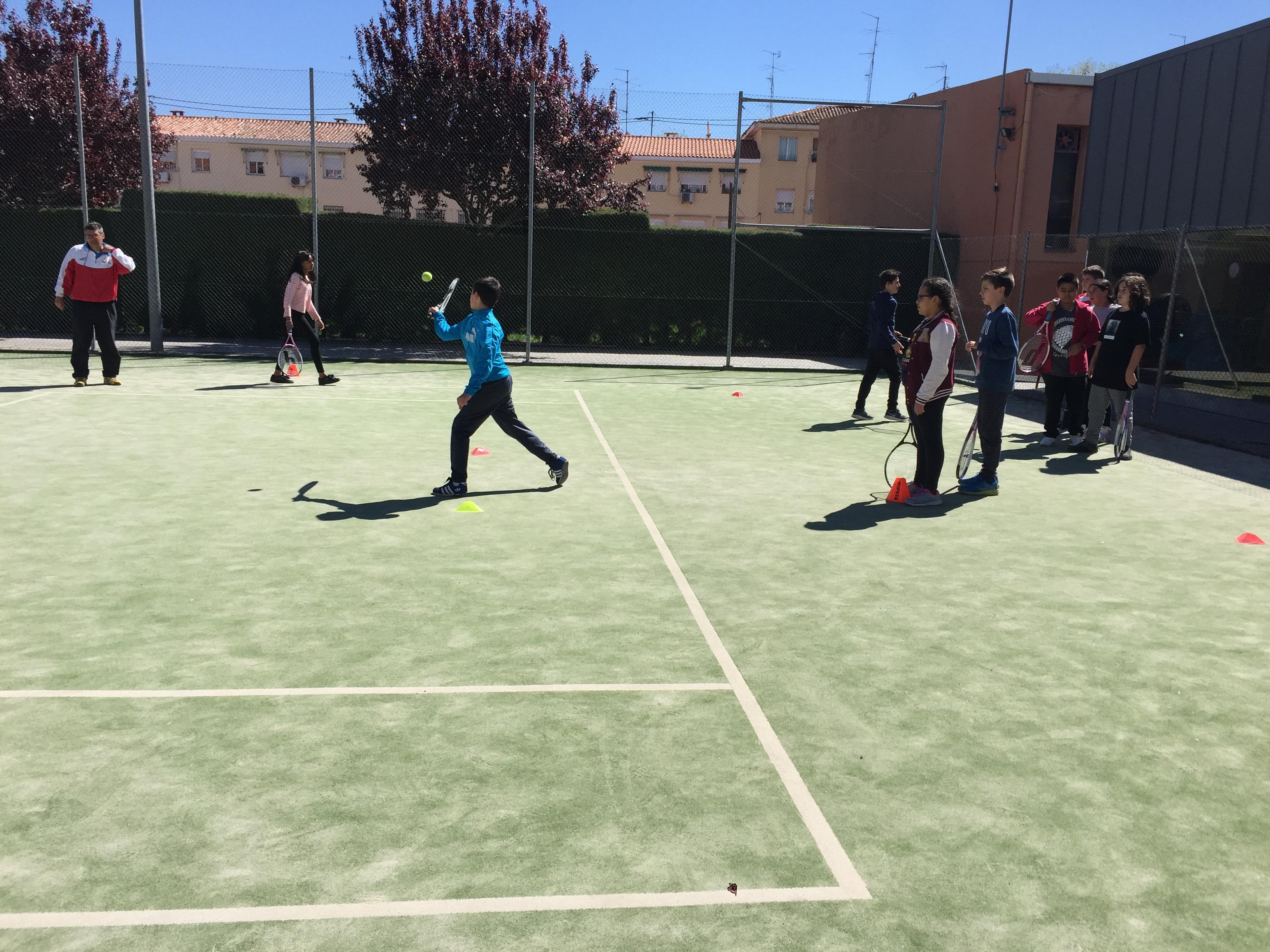 MAÑANAS ACTIVAS. Polideportivo San Vicente de Paul. 22