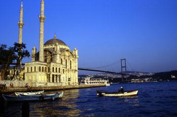 Mezquita Ortaköy, Estambul, Turquía