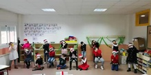 "CHRISTMAS FESTIVAL ""SANTA IS COMING TO TOWN"" CLASS 3ºB"