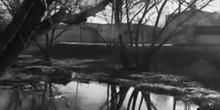 De espaldas al río