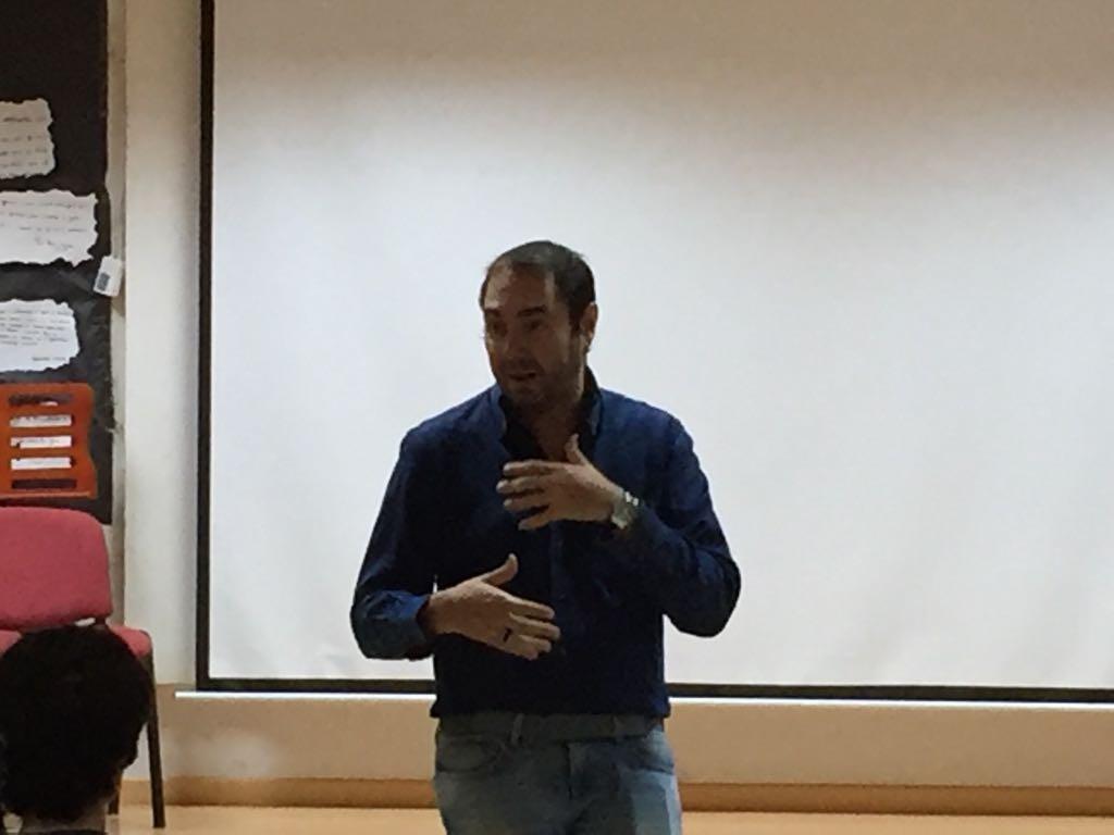 Visita del escritor Fernando J. López