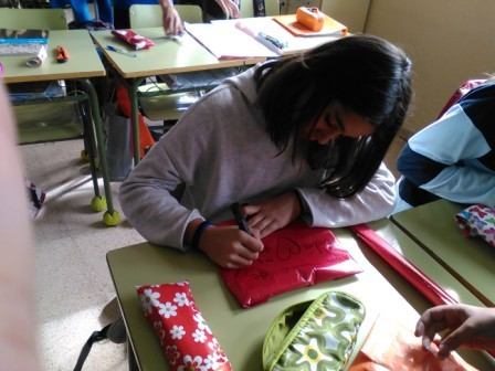 2017_04_PLASTICA_PROYECTO DIA DE LA MADRE_SEXTO C 29