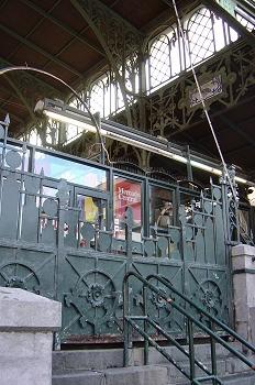 Entrada al mercado central de Zaragoza
