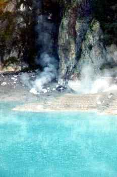 Fumarolas rodeando el crater Inferno, Nueva Zelanda