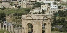 Antigua puerta de la ciudad, Jarash, Jordania