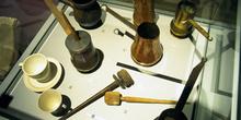 Utensilios domésticos: Diferentes chocolateras, Museo del Pueblo