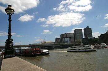 Vista del río Támesis, Londres, Reino Unido