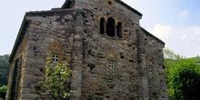 Vista desde el ábside de la Iglesia de San Pedro de Nora, Oviedo