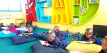 2019_10_10_Biblioteca de Kumwenya School_CEIP FDLR_Las Rozas 1