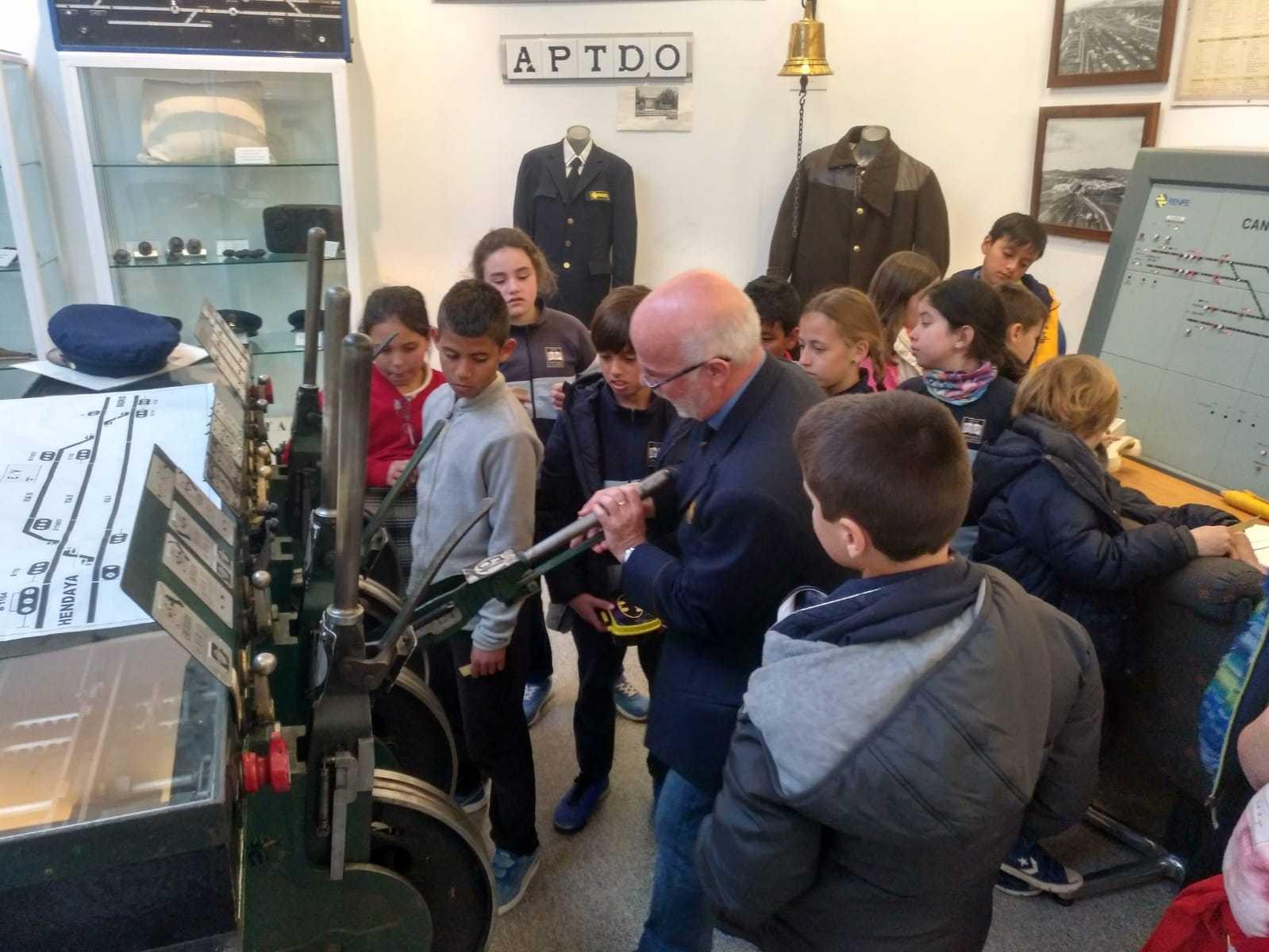 2019_03_15_Cuarto B visita el Museo del Ferrocarril de Las Matas_CEIP FDLR_Las Rozas 2