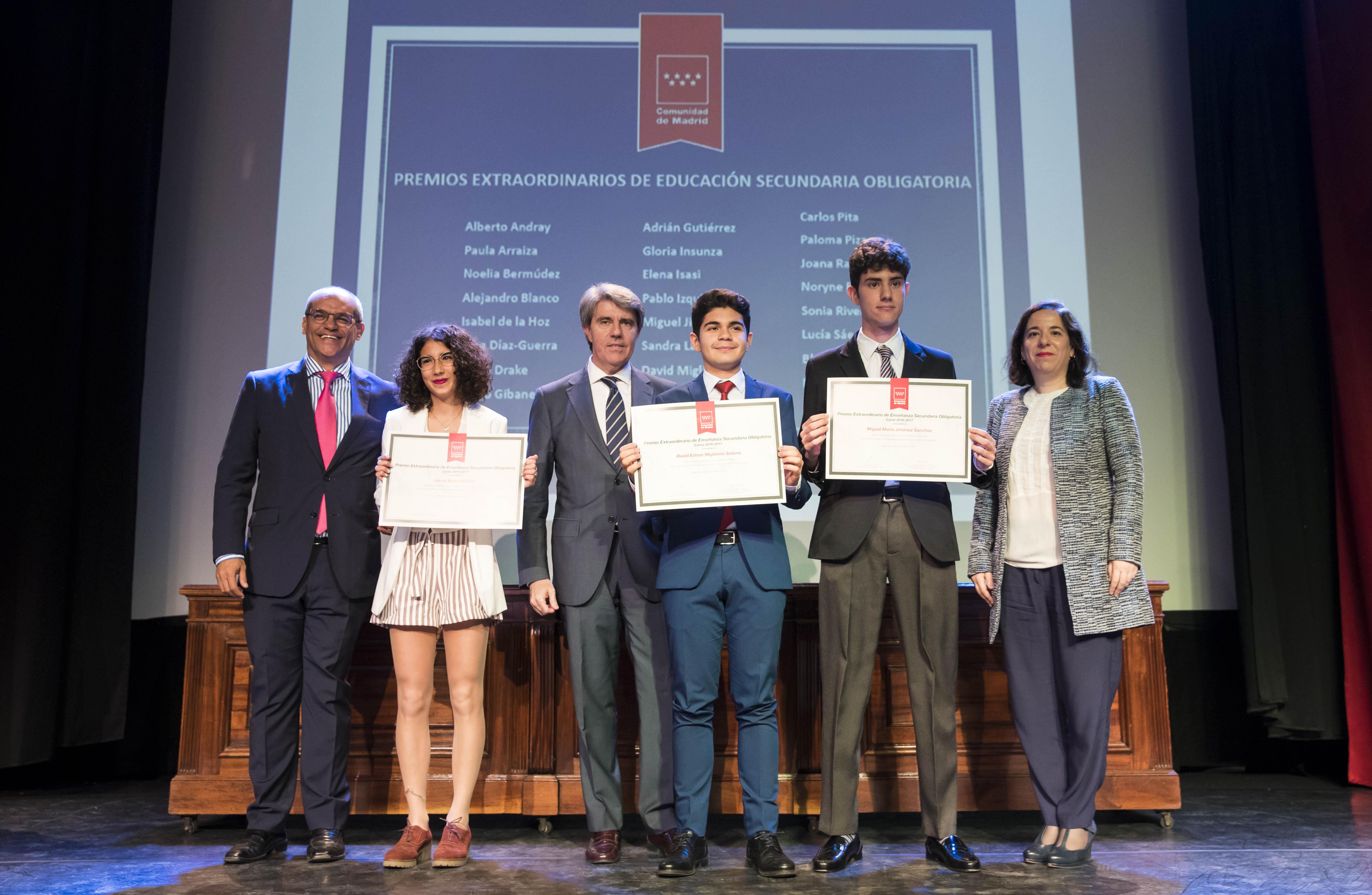 Entrega de los premios extraordinarios correspondientes al curso 2016/2017 7