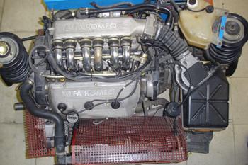 """Motor de 6 cilindros en """"V"""""""