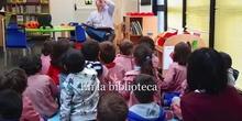 En la biblioteca 4 y 5 años de E. Infantil