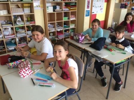 2017_04_21_JORNADAS EN TORNO AL LIBRO_TALLER MARCAPAGINAS_QUINTO 6