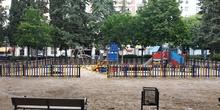 La pandemia en los parques infantiles 11