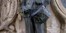 Escultura de un tamborilero, Villaviciosa, Principado de Asturia