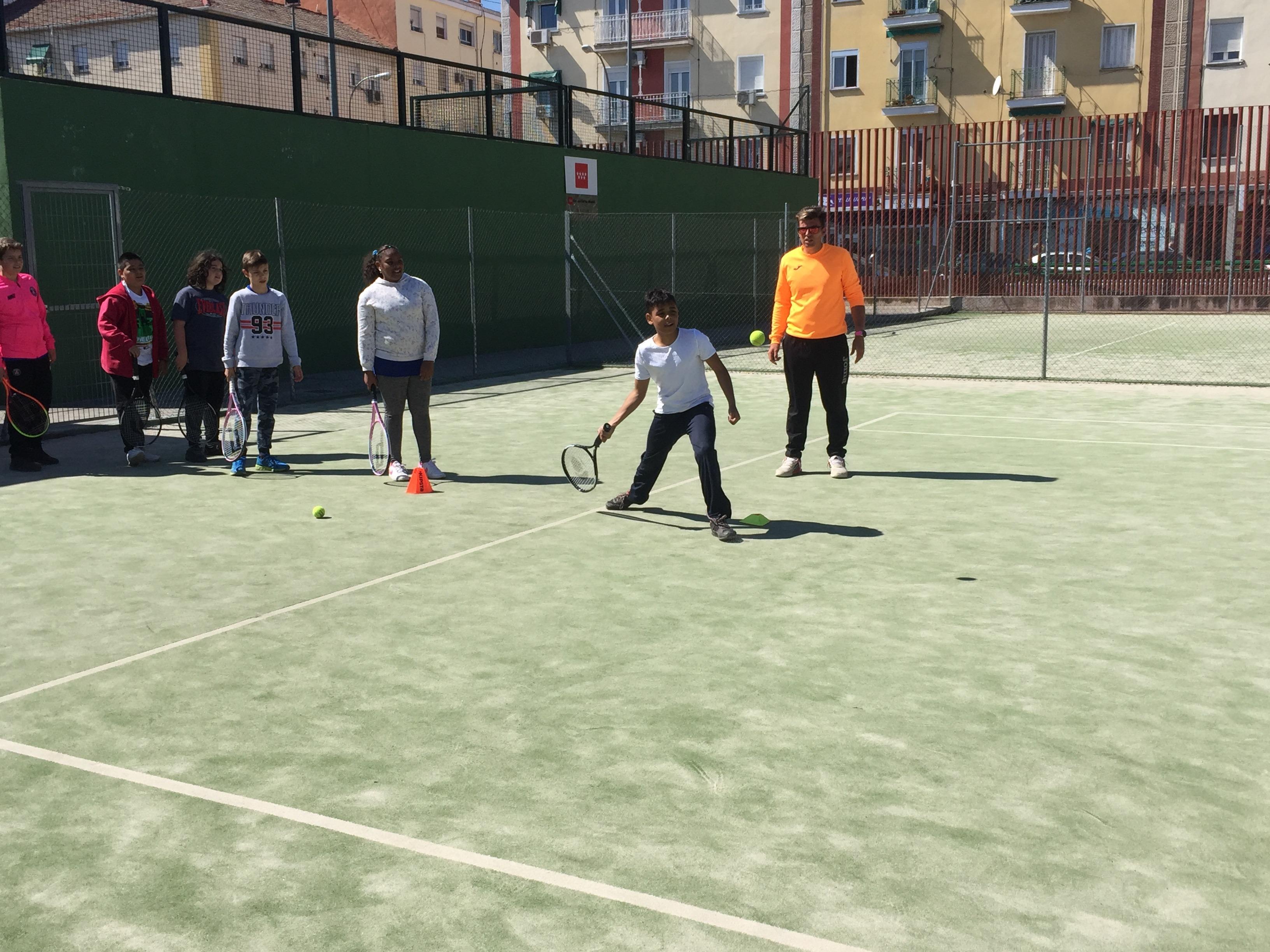 MAÑANAS ACTIVAS. Polideportivo San Vicente de Paul. 19