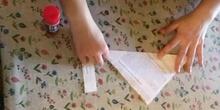 ¿Volamos pajaritos de papel?