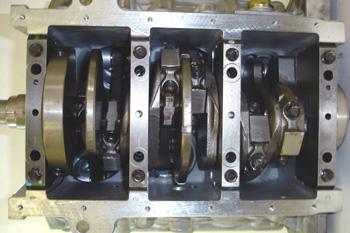 Bloque 6 cilindros en V.  Vista de bancada